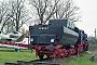 """BLW 15571 - Denkmal """"52 8135-7"""" 02.03.1998 - Diepensee, Aero-Park BrandenburgRalph Mildner (Archiv Stefan Kier)"""